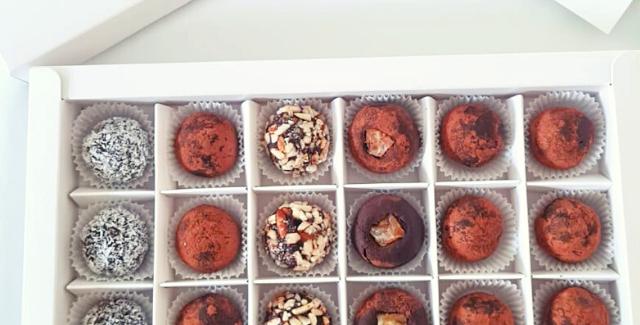 Exclusive Box Mixed Choco Truffles