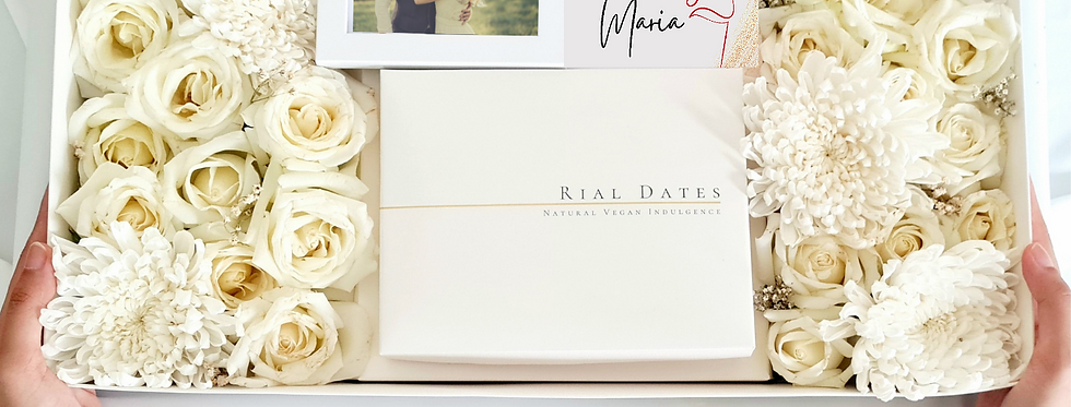 Special Gift Box: Customizable Fresh Flowers Box