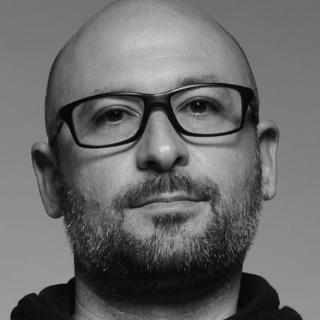 El DJ y productor Alex Tirelli regresa por la puerta grande con 'Carbonium EP'