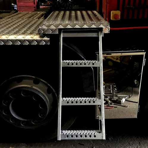 Stainless Truck Toolbox with Chequer catwalk & pull out ladder,Side Axle Toolbox