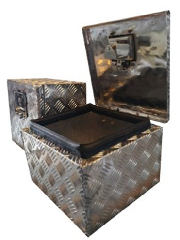 W300xD220xH320 Chequer plate toolbox, Aluminium Truck Toolbox,Tractor Side Mount
