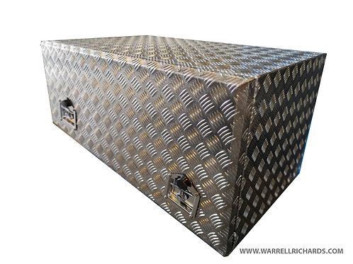 W900xD600xH500/350 x2 Aluminium chequer storage locker, Mercedes Atego 1023 4x4