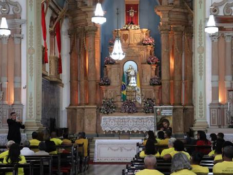 """Com o tema """"Alegria do Amor na Família"""", Simpósio Diocesano da Família foi realizado neste domingo"""