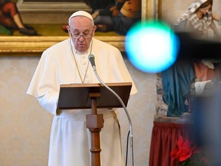 Papa: luz de Cristo se difunde com o anúncio, a fé, o testemunho