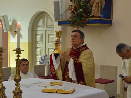 Dom Antonio Tourinho presidiu Solenidade de Corpus Chisti na Catedral Diocesana