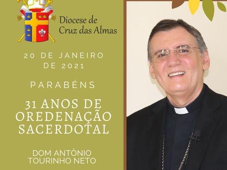 Vocação: Dom Antonio Tourinho celebra 31 anos de sacerdócio