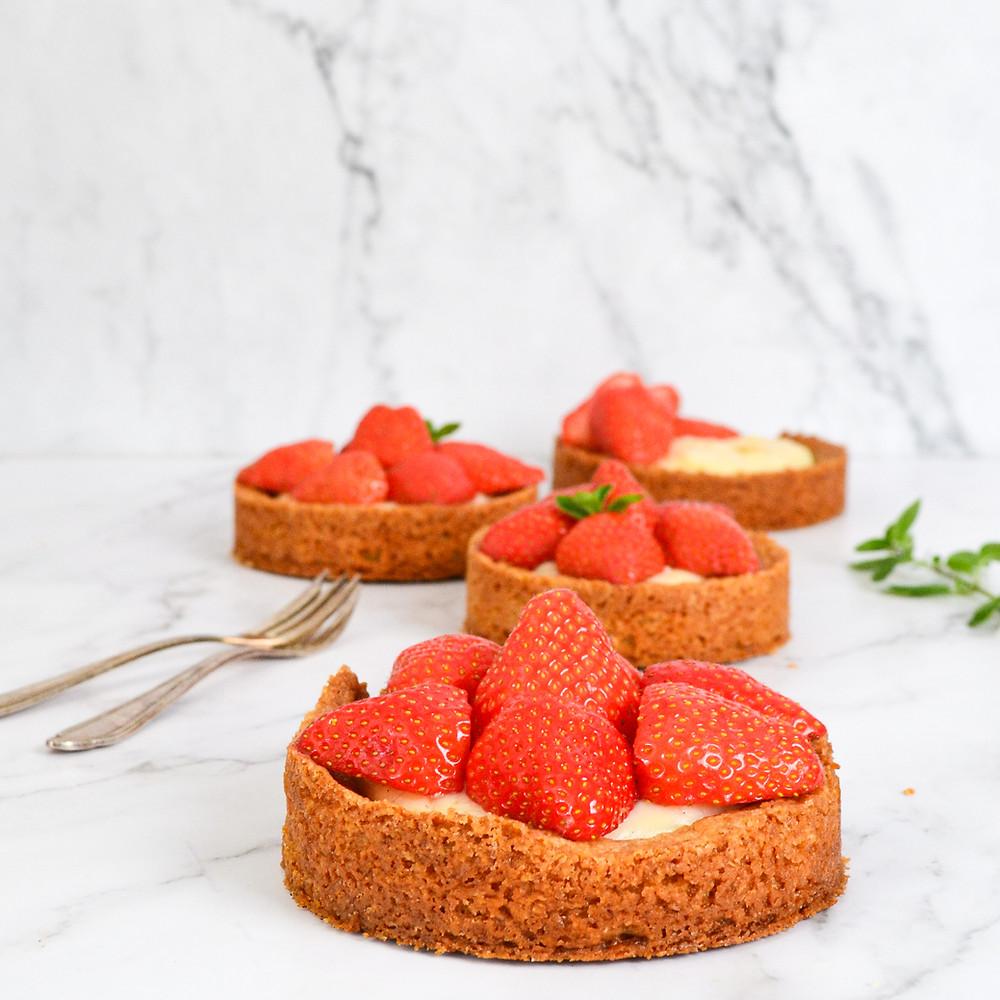 Recept om aardbeienrondjes te maken met banketbakkersroom