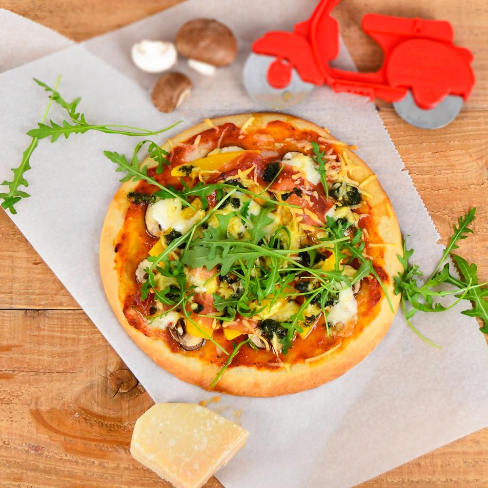 Makkelijke en lekkere pizza met een Magioni pizzabodem recept