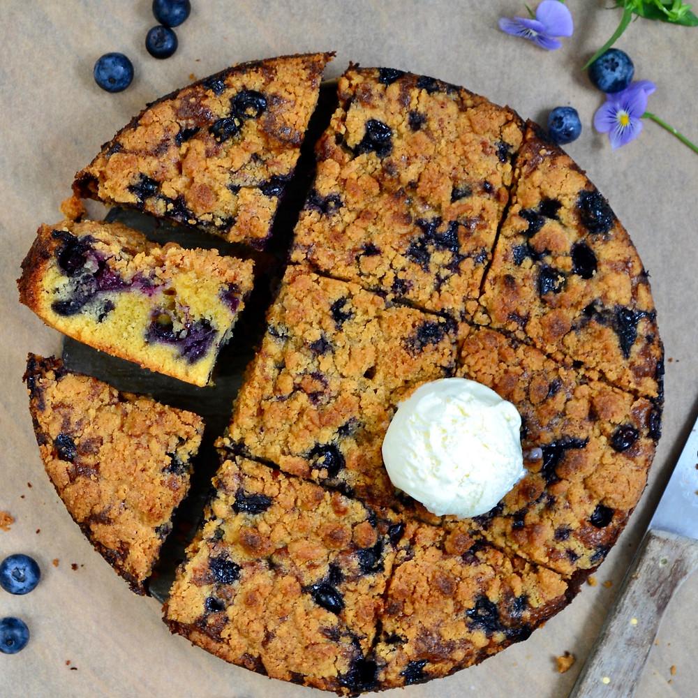 Blauwe bessen kardemom cake