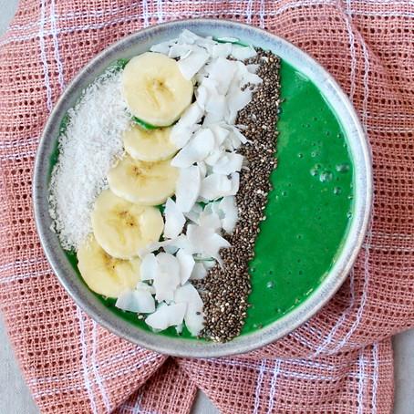 Smoothiebowl ananas en Spirulina