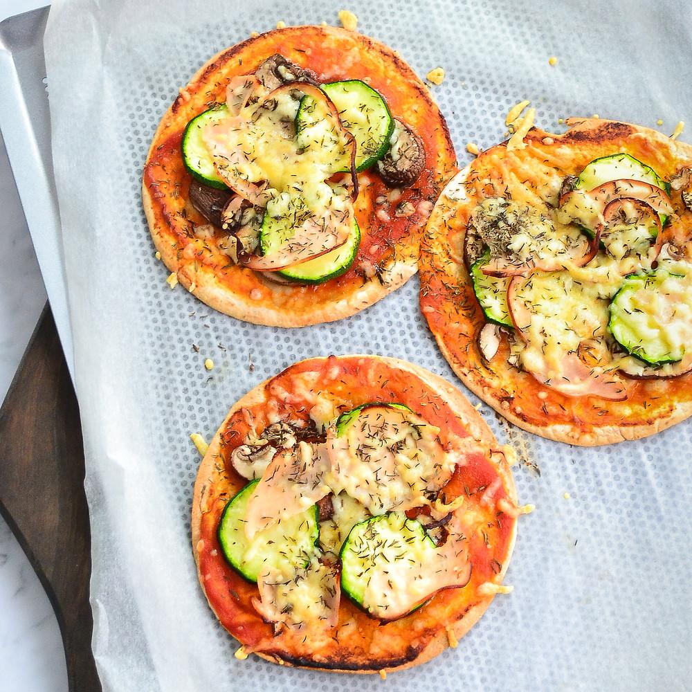 Recept om zelf gezonde pizza wraps te maken