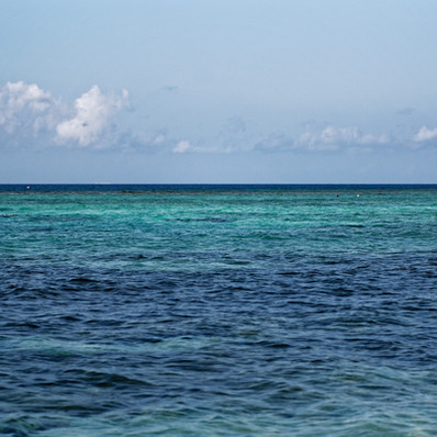 Perfect for snorkeling - Spotts Beach Grand Cayman