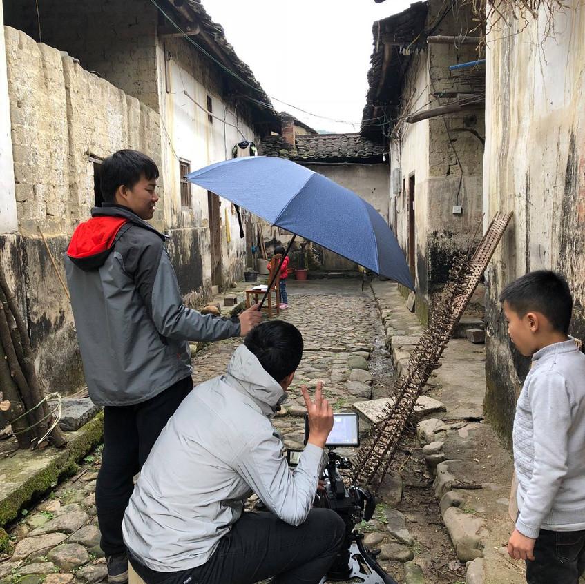 Shooting Jiayi's childhood home.