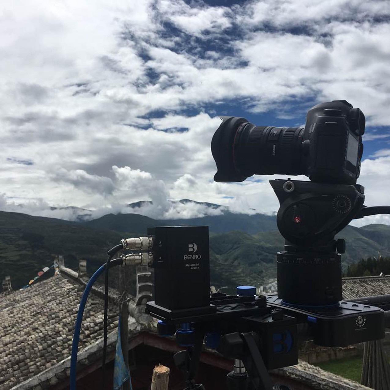 Shooting timelapses with the Canon 5D Mark III on our motorized 90cm Benro slider.
