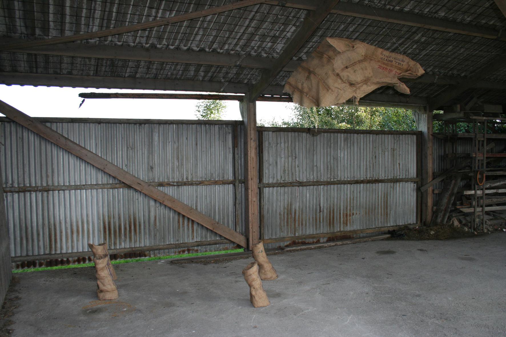 1009]paardstal
