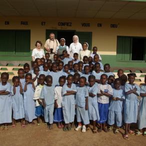 TAMATAVE : Pensionnat/Orphelinat de jeunes filles