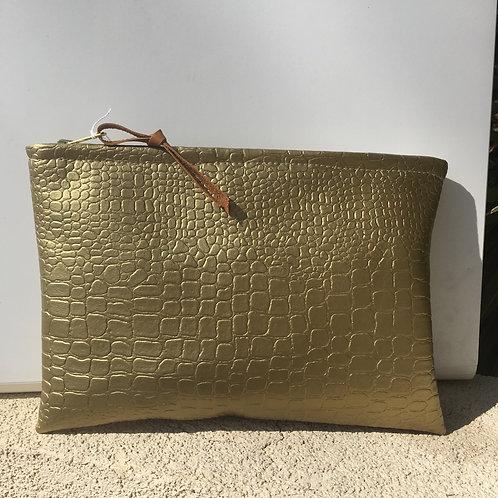 Pochette de sac en croco or doublure coraux