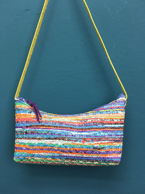 Petit sac baguette incurvé multicolore