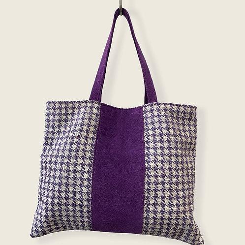 Tote bag en pied de poule mauve et ses details en daim violet