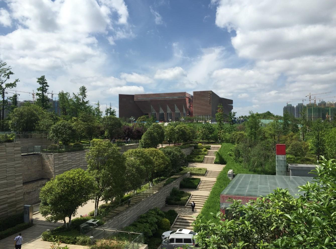 White_Lab_Guizhou_Museum_1