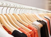 clothes-on-a-rack-G8VK2B7.jpg