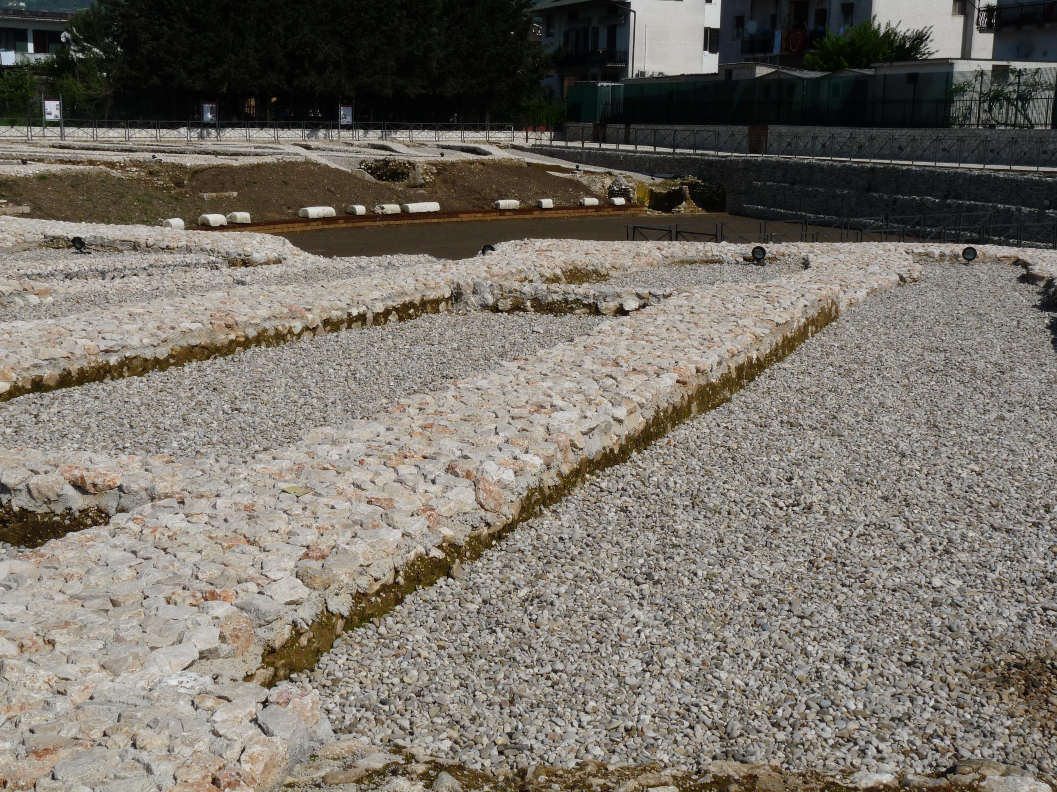 Anfiteatro romano - 09.04.25 (17).JPG