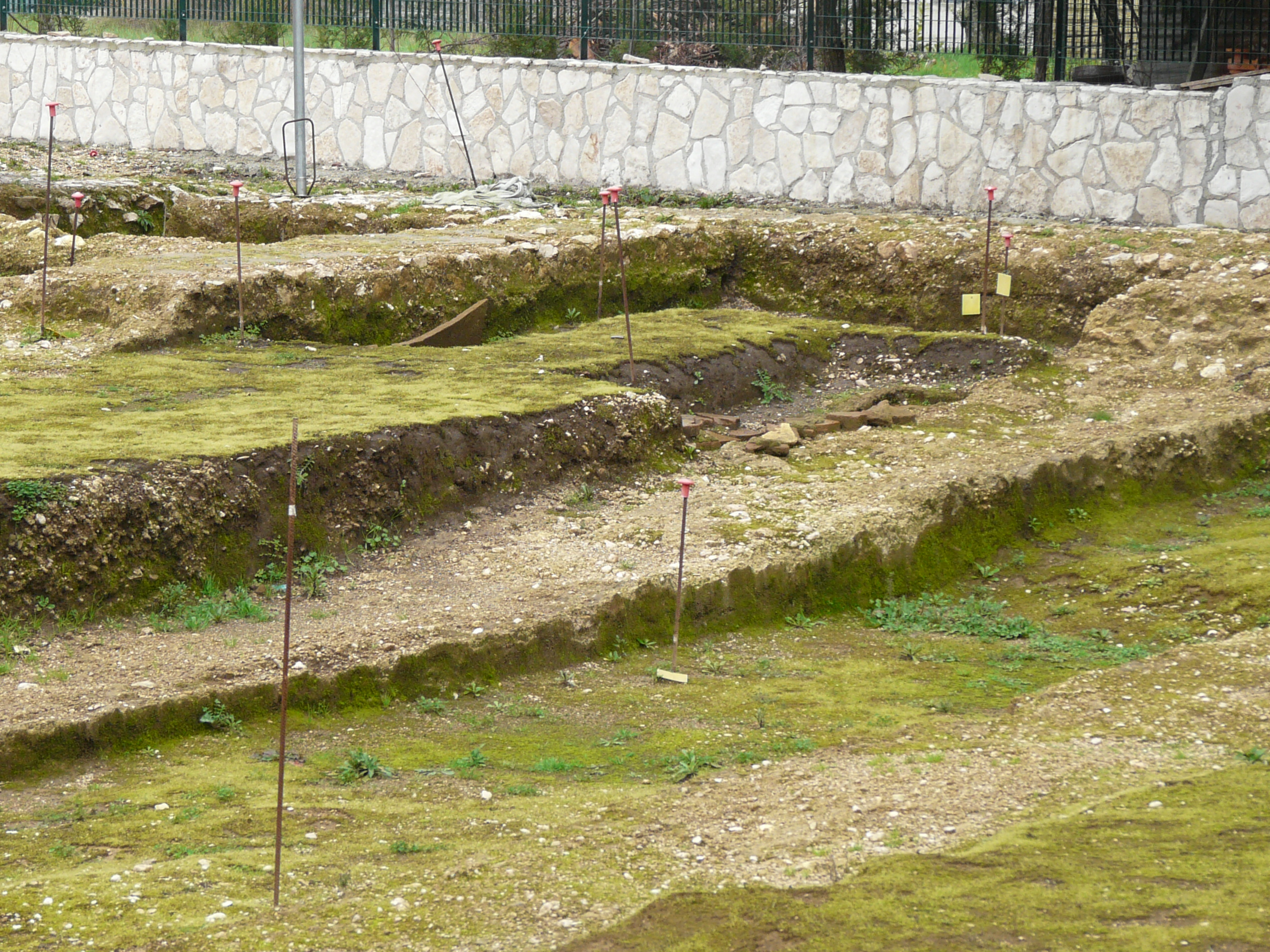 Anfiteatro romano - 09.02.03 (9).JPG