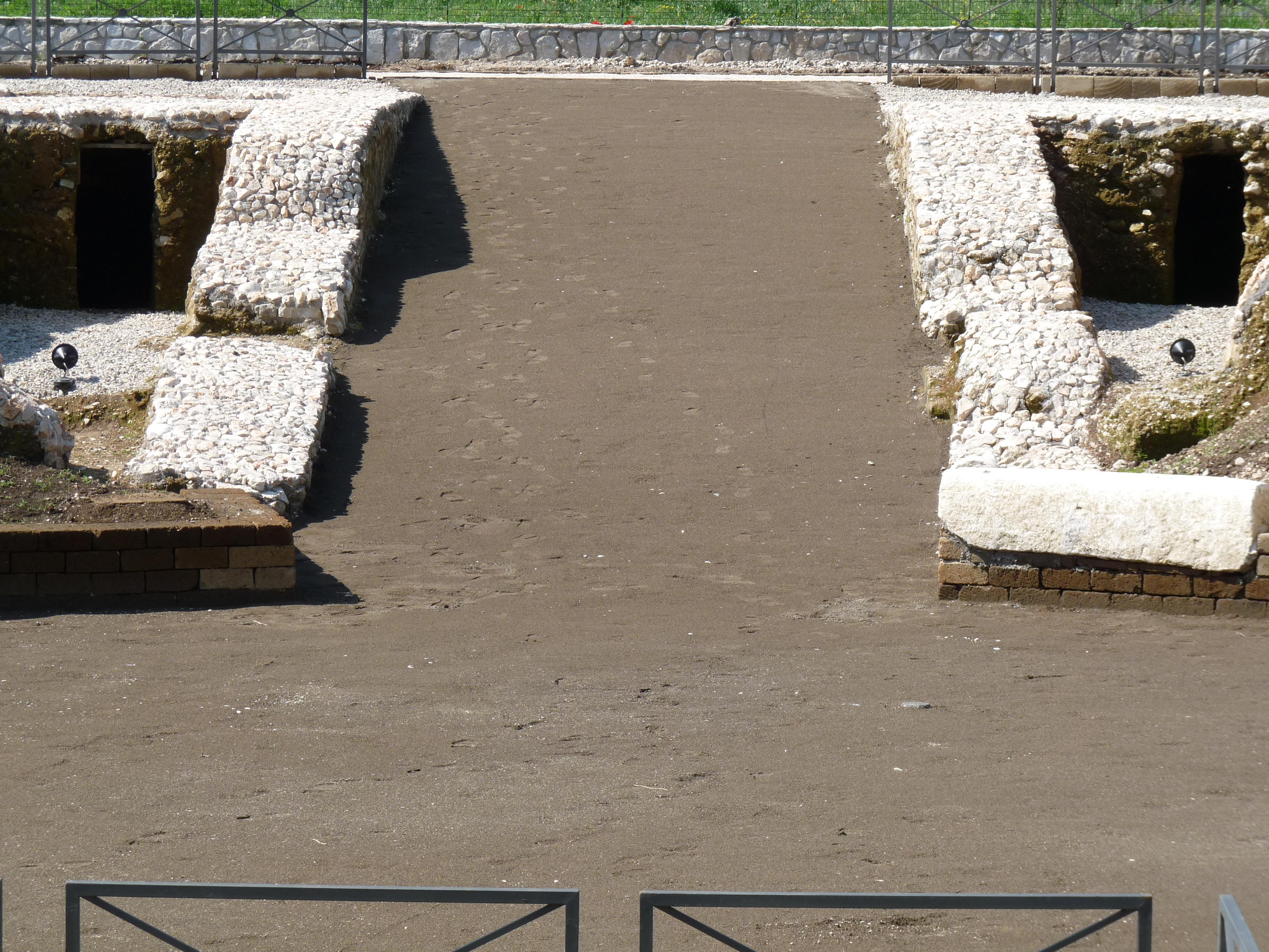 Anfiteatro romano - 09.04.25 (30).JPG