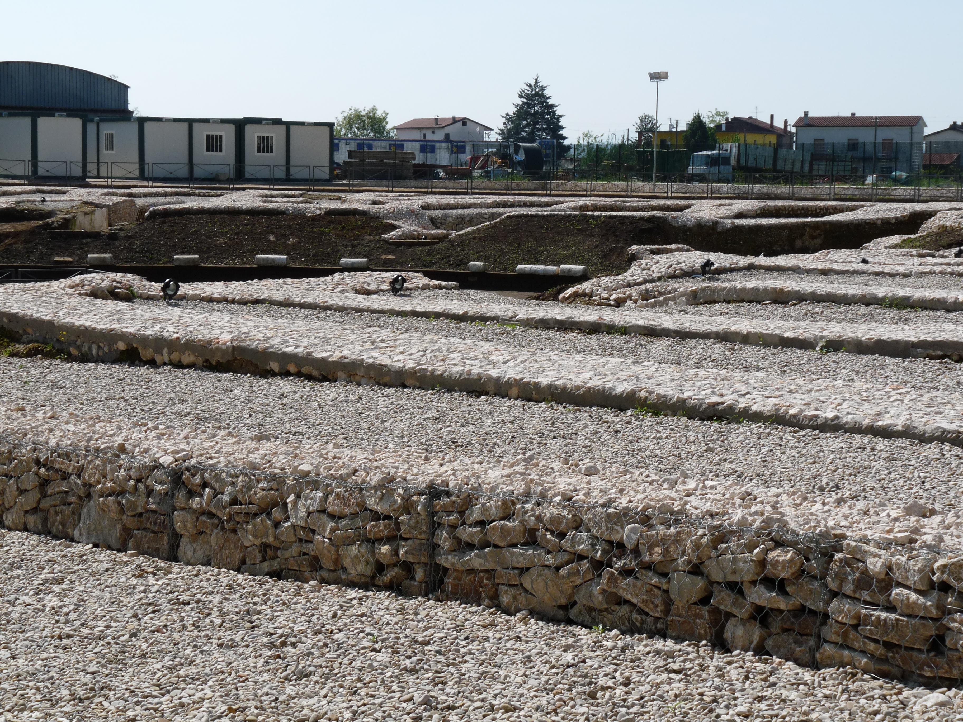 Anfiteatro romano - 09.04.25 (26).JPG