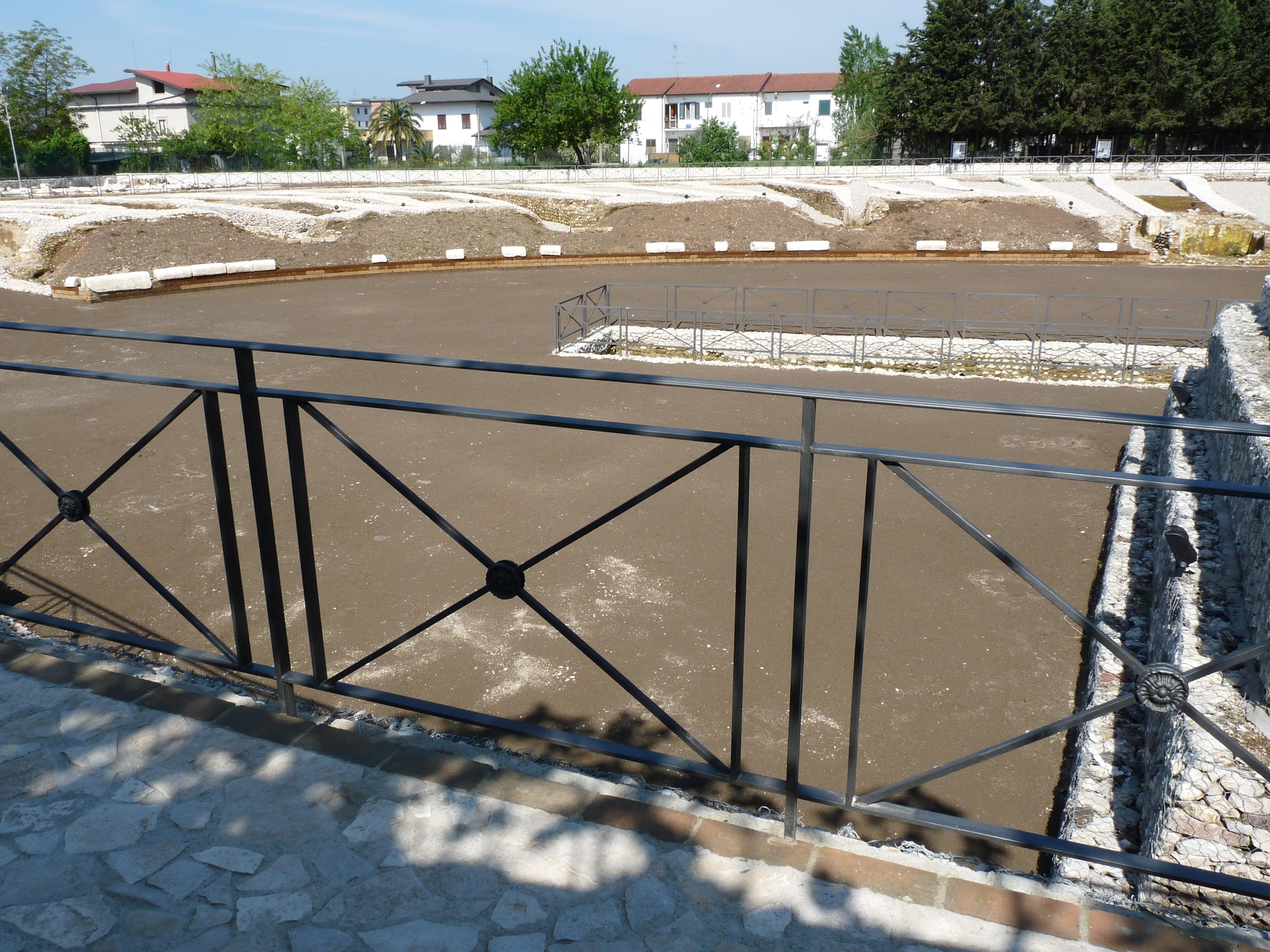 Anfiteatro romano - 09.04.25 (13).JPG