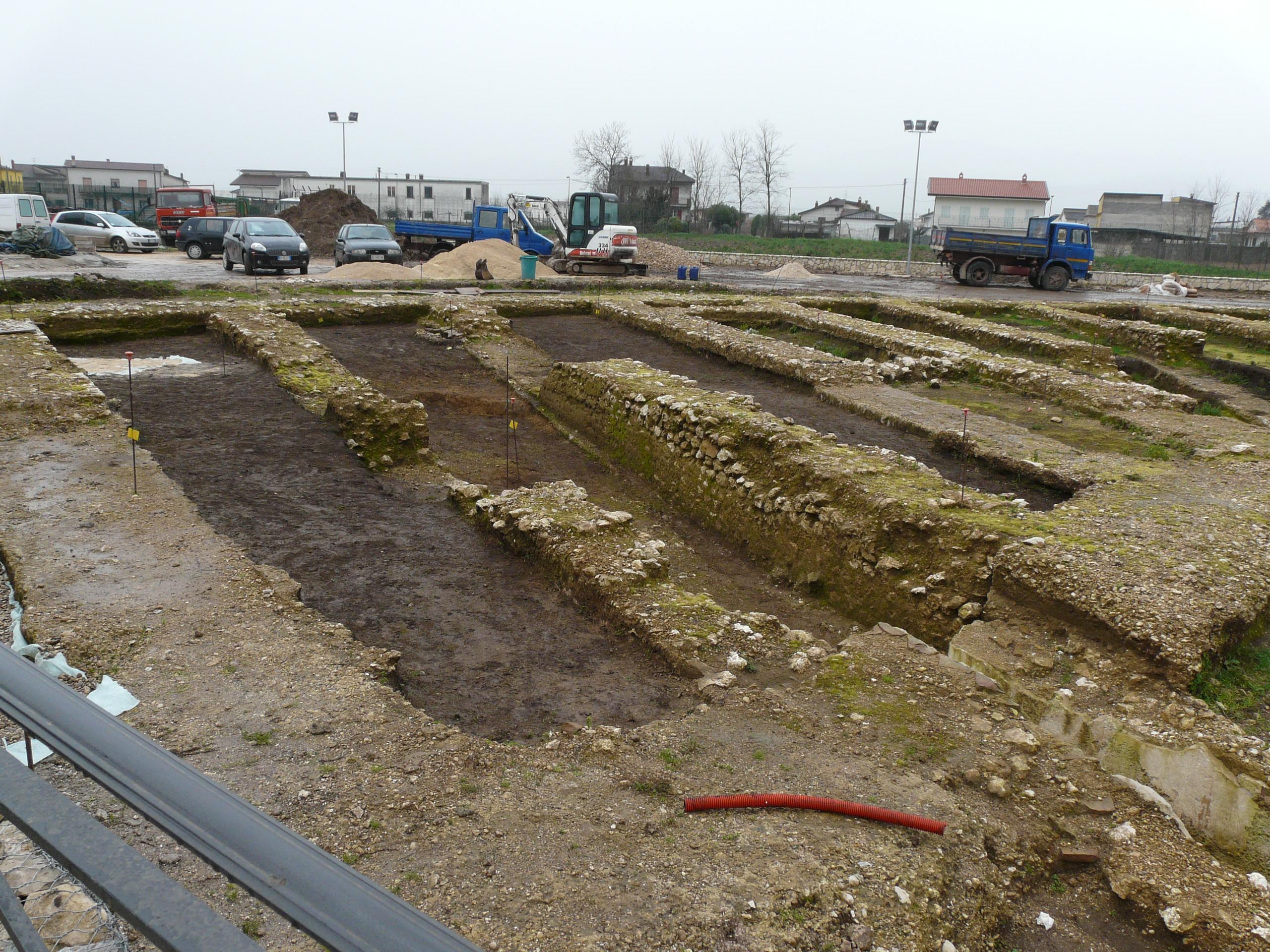 Anfiteatro romano - 09.02.03 (4).JPG