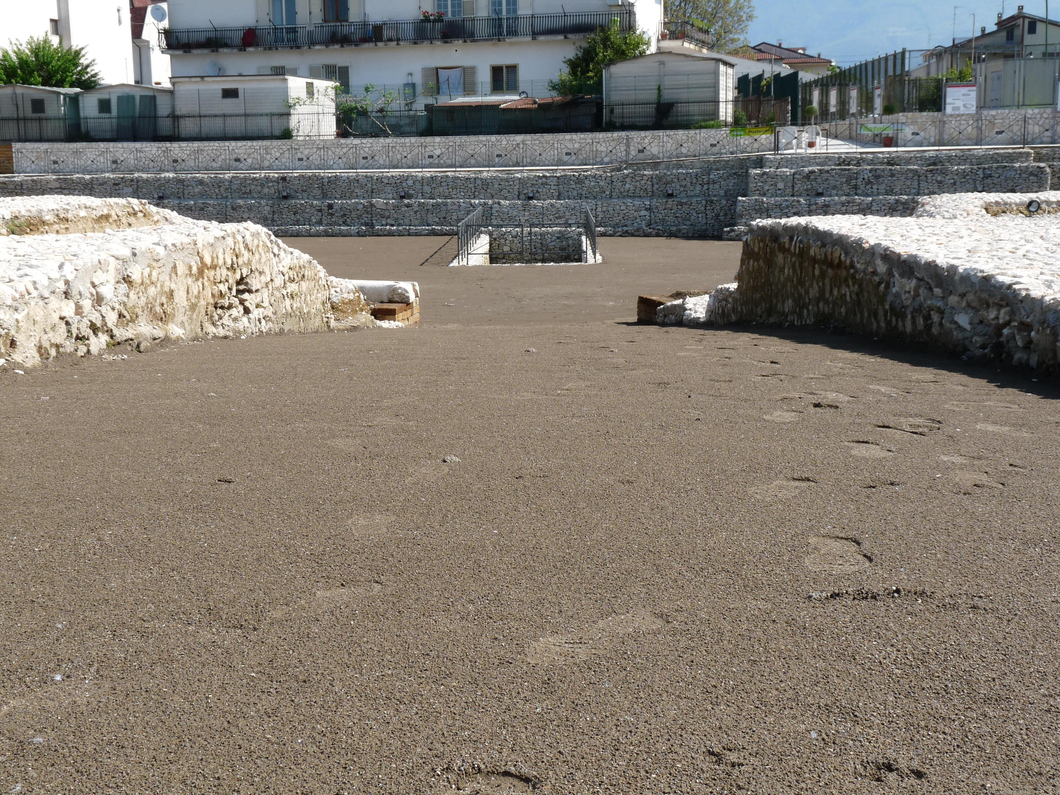 Anfiteatro romano - 09.04.25 (18).JPG