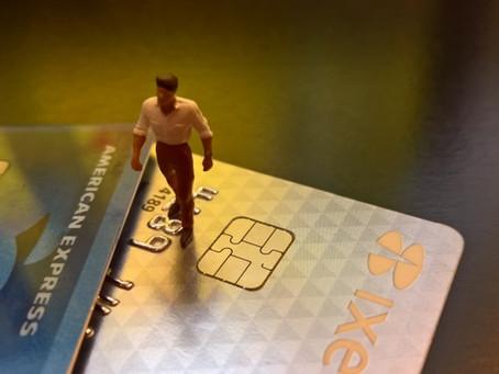 Nulidad de cargos a tarjeta de débito: Procede el pago intereses