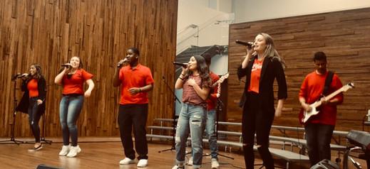 worship team perform.jpg