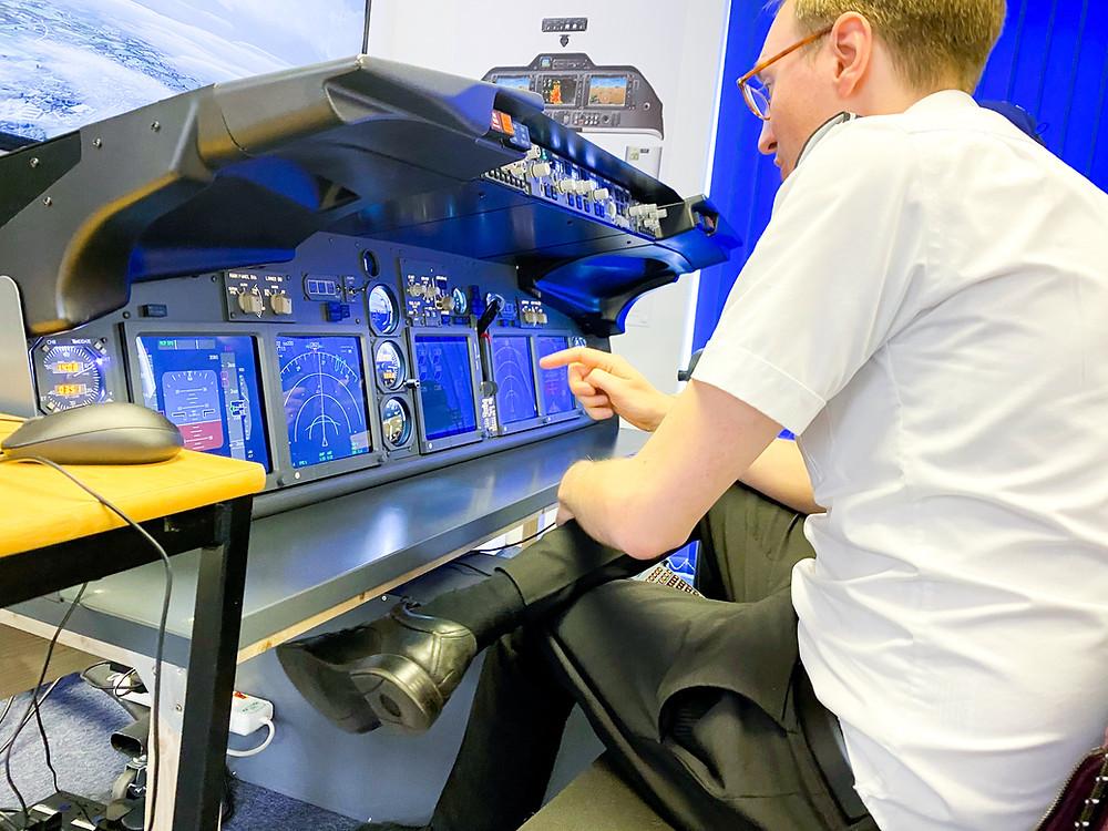 Avionics, Cat3c, Aeros, Gloucester Airport, cockpit instrument