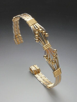 Double arrow cuffs
