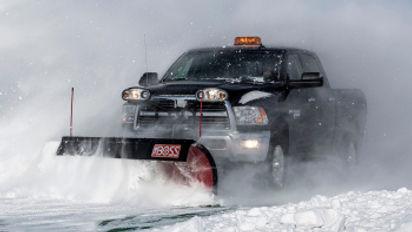 01-snowplow-hd-truck-1.jpg