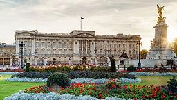 100222-640x360-buckingham-palace-at-dusk