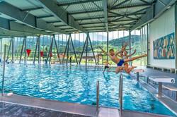 intérieur piscine municipale