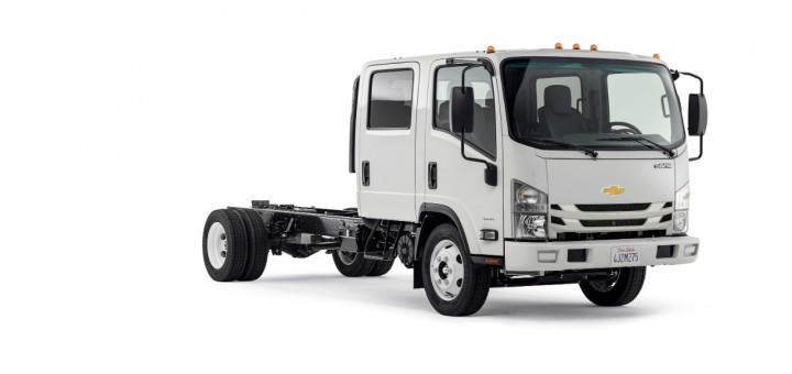 2016-Chevrolet-4500-Low-Cab-Forward-Crew