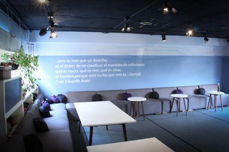 Salón Azul 432A