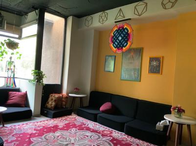 Salón Amarillo 369E