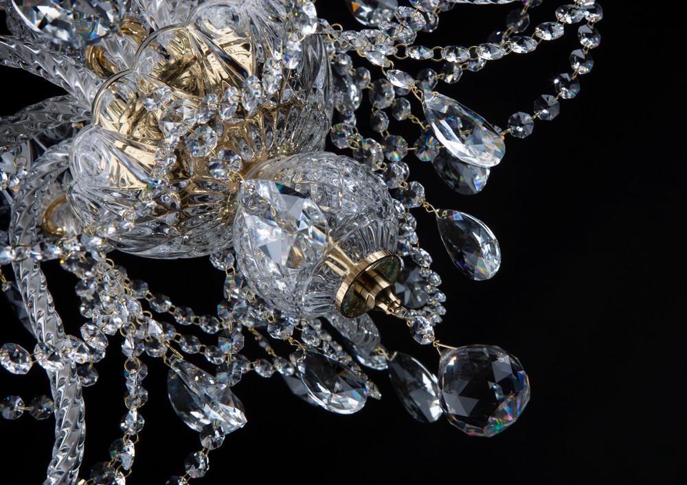 Queen's Jewel L 137/5+5/02 pb