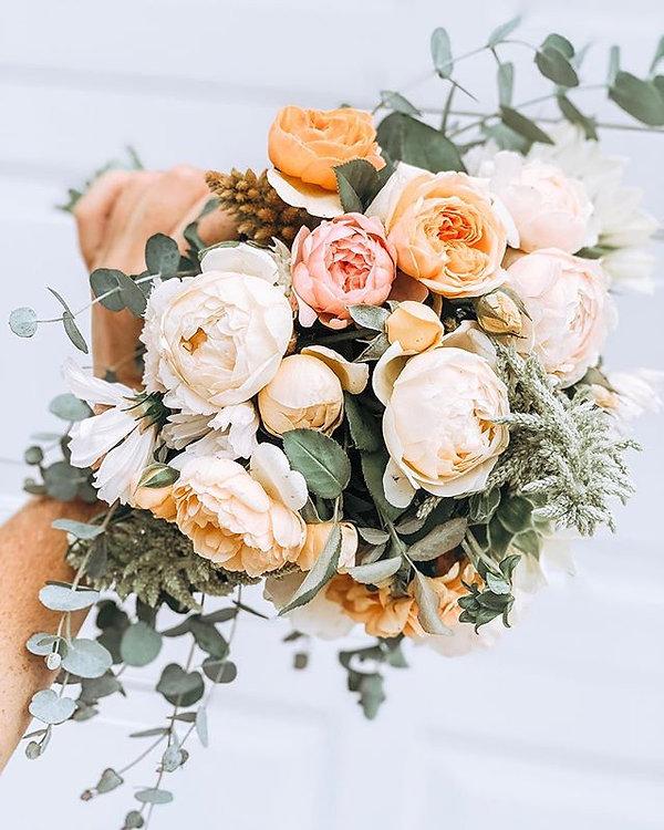 a farm fresh bridal bouquet • front of t
