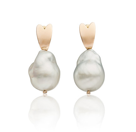 Queen of Hearts Baroque Pearl Earrings