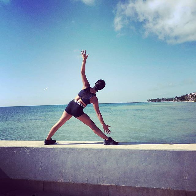 1 745-845am_Higgs Beach Yoga 🌴 __pay by