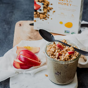 apple-cinnamon-overnight-oats-cascadian-