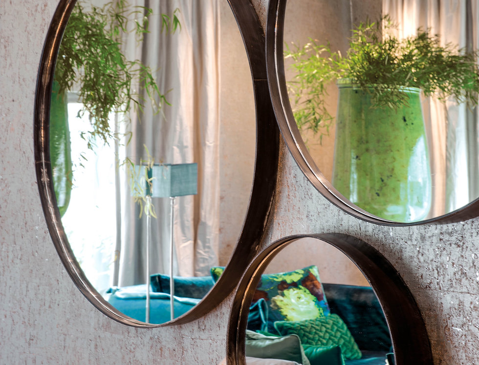 Esquina Mirror