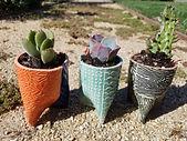 tripod planter.jpg