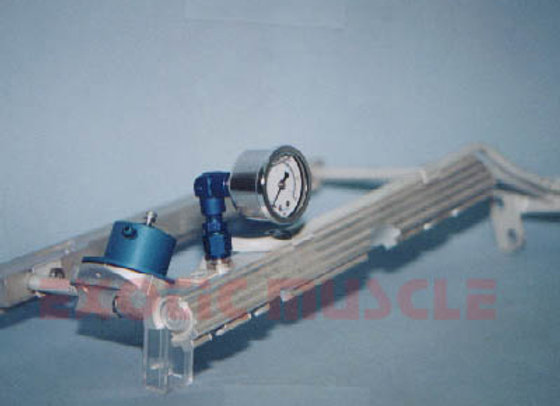 Fuel pressure gauge- rail type